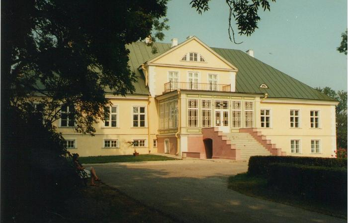 Albu Manor Building
