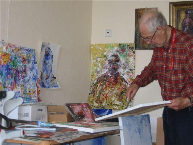 Evald Okas working