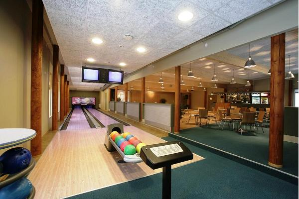 Bowling at Roosta Holiday Village
