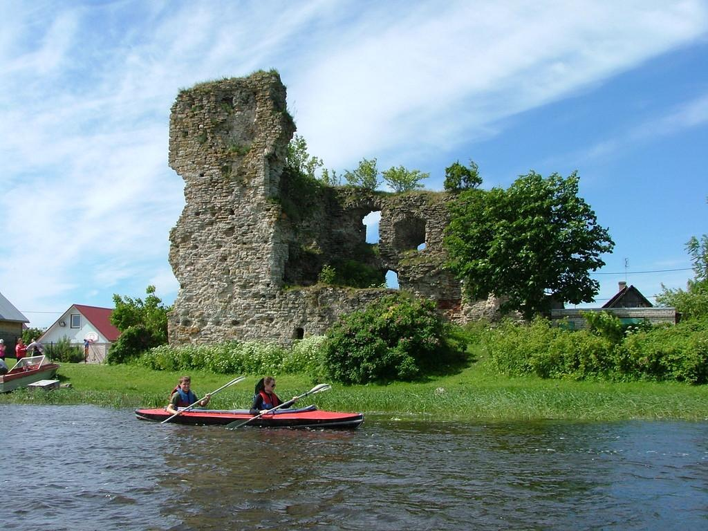 Kayaking on Narva River - Vasknarva
