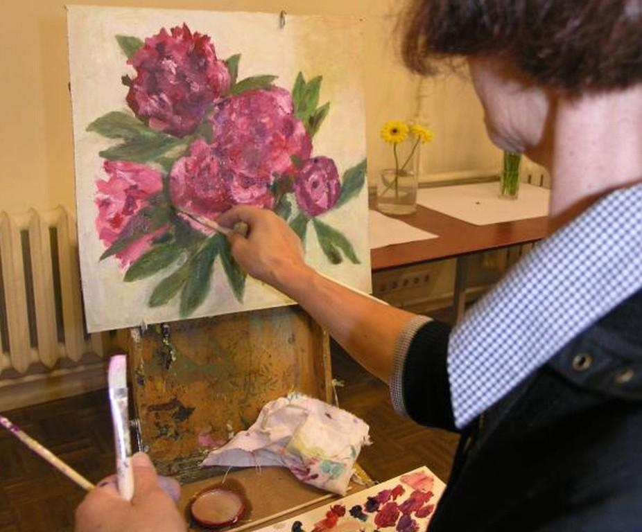 Classic painting of a flower