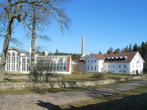 Palmse manor distillery