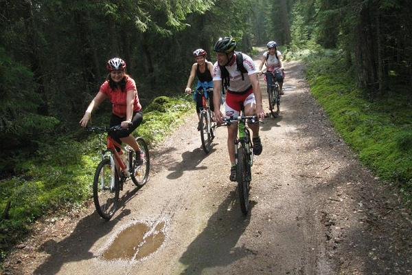 Cycling trips from the centre