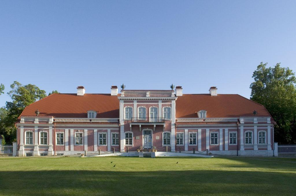 North Estonia Manor Tour