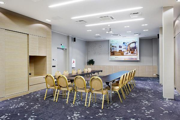 New conference room of Hotel L'Ermitage
