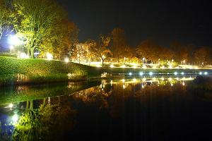 Pärnu moat at night