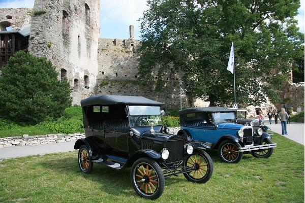 Laitse Rally Park - old cars