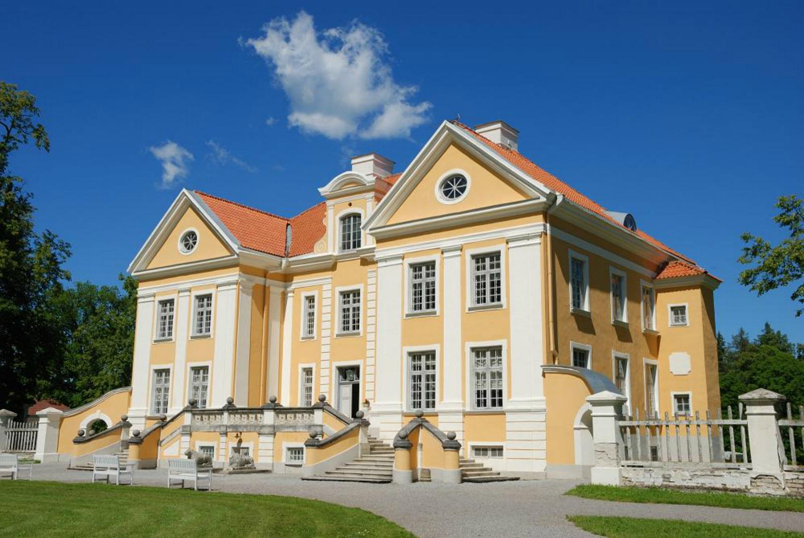 Palmse manor and open air museum estonia for Home manor