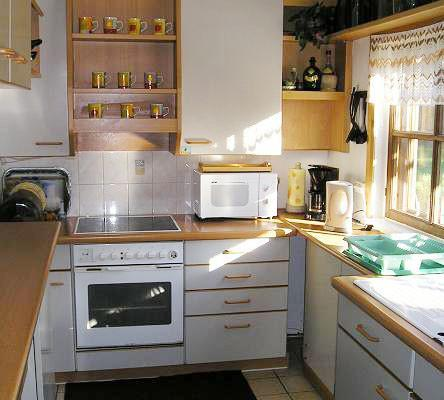 Hara Holiday House - Kitchen