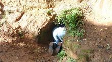Let's go search and explore sandstone caves