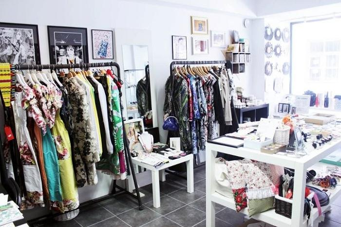 Les Petites design and handicraft shop