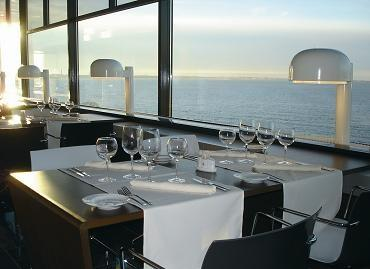 Regatta restaurant - Sea views
