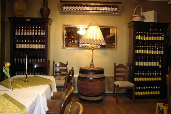 In Vino Veritas - Party room