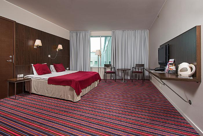 Meriton Grand Conference & Spa Hotel - standard disabled room