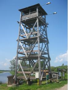 Räpina polder bird-watching tower