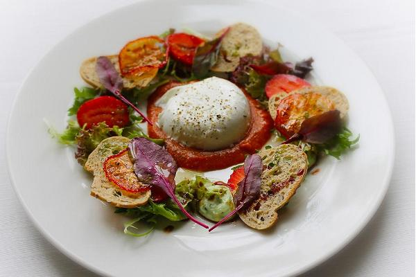 Buffelmozzarellasallad