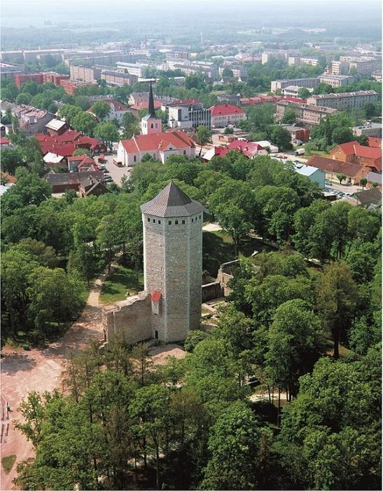 Paide town is the heart of Estonia