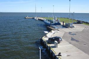 Kihnu ferry piers