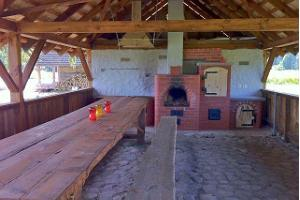 Outdoor kitchen of the Rõsna Holiday Home
