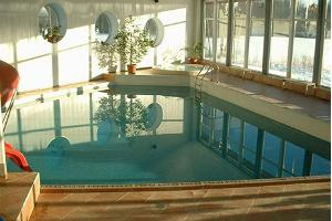 Laagna Hotel – pool area