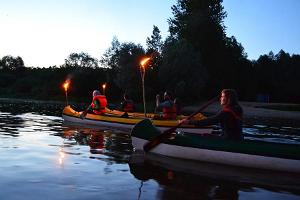 A canoe trip on the river Emajõgi at night
