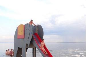 "The attraction ""Elephant"" on Pärnu beach provides joy for children of all ages"