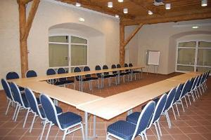 Palmse Manor training centre - 80-seat seminar room