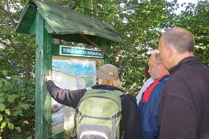Toila-Martsa hiking trail – information stand in Martsa at the location for descending