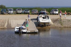 Double slipway with a service bridge guarantees a convenient launch.