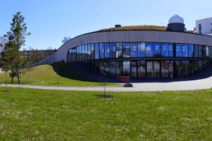 The eco-friendly building with a turf roof of the Pärnu Environmental Education Centre