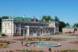 Kadriorg Palace and its garden