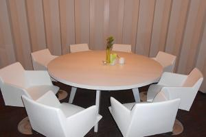 Meeting room for 8