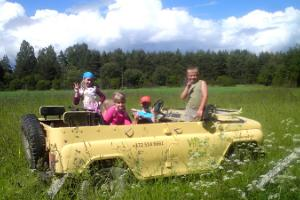 Kõrvere children by the village swings