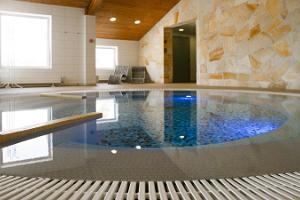 Fra Mare Thalasso Day Spa sauna and pool complex