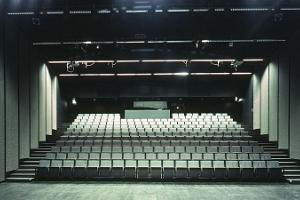 Auditorium des Kunstmuseums Kumu
