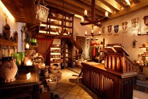 Shoppe at Olde Hansa - medieval homeware & nicknacks