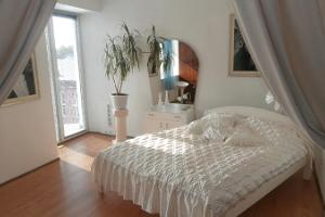 Private Apartment For You, bedroom