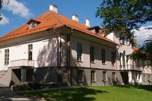 Väätsa Manor hall and classrooms