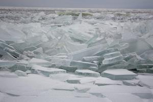 Karakat safari on Lake Peipus and the magnificent ridged ice