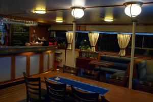 Dinner Cruise – a meal on the sea onboard steamer Katharina