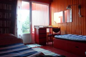 Room in the main building of Paatsalu Holiday Centre
