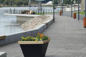 Summer events on Narva river promenade