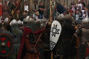An epic demonstration of a Viking battle and their equipment