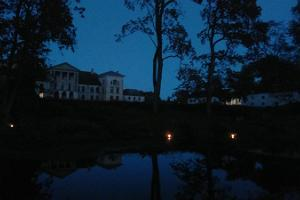 Lantern hike in Kolga Manor park