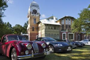 Villa Ammende - historic car show