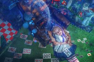 Escape room 'Alice Through the Looking Glass'