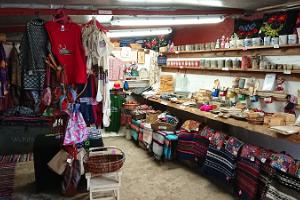 Kihnu handicraft shop