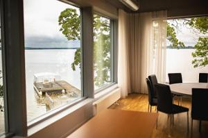 New conference room with a panorama view of Lake Saadjärv