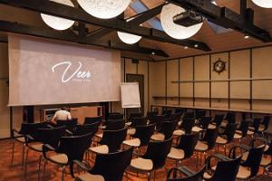 Veer Seminar Rooms
