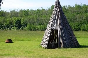 Elle-Malle's Guesthouse – wooden tepee